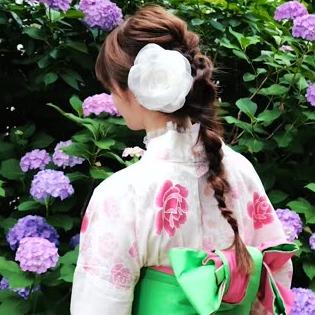 出典:うなじが色っぽい♡浴衣にあう三つ編みダウンアップアレンジ by C CHANNEL